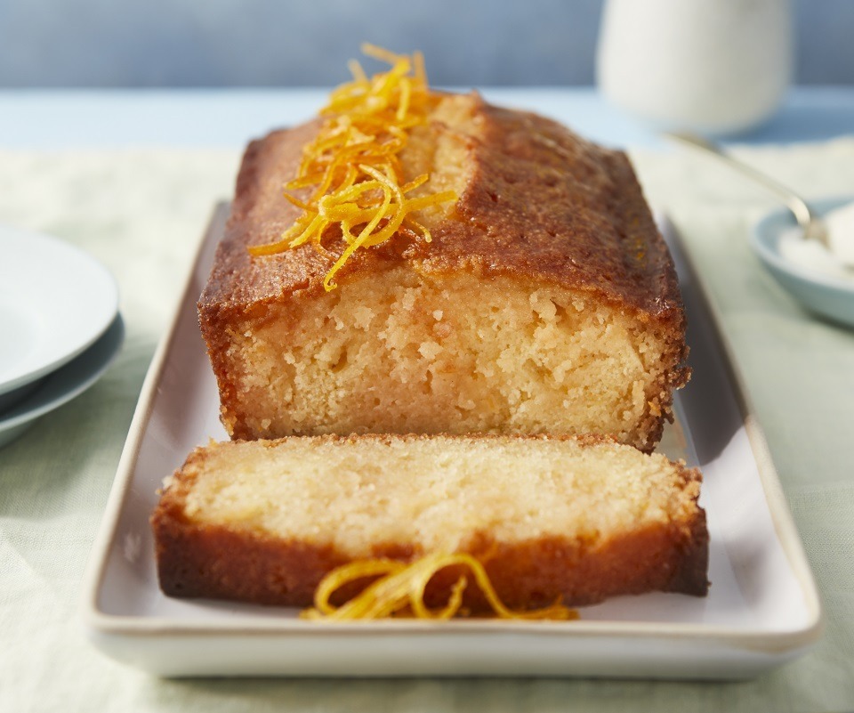 Pink Gin and Grapefruit Drizzle Cake